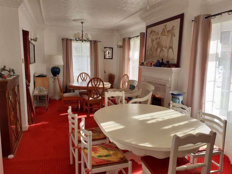 French property for sale in Guémené-sur-Scorff, Morbihan - €167,400 - photo 3