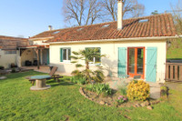 French property, houses and homes for sale inSaint-Maurice-des-LionsCharente Poitou_Charentes