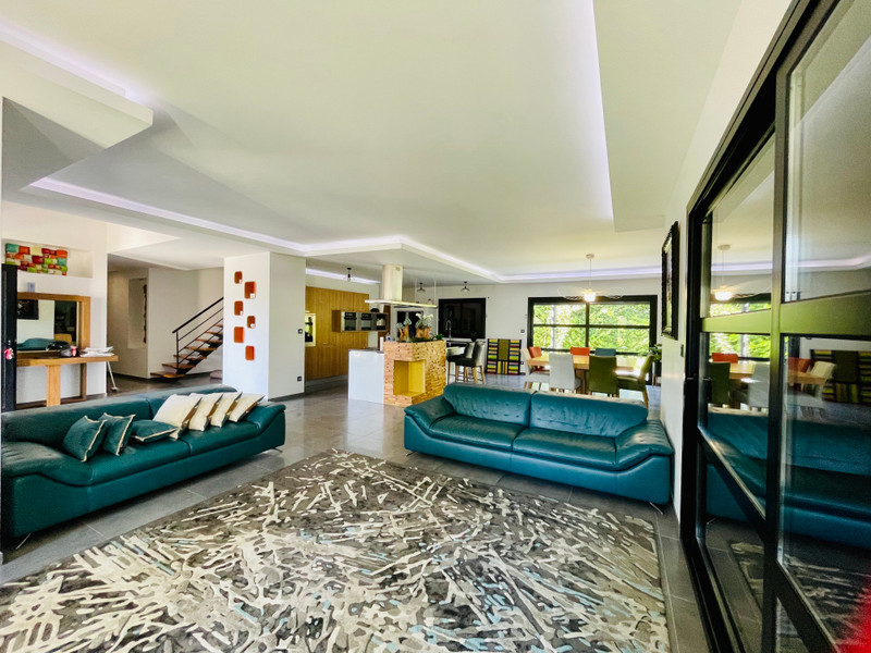 French property for sale in Agen, Lot-et-Garonne - €630,000 - photo 7