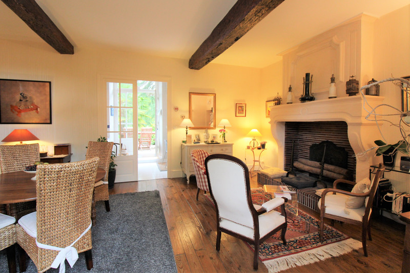 French property for sale in Aigre, Charente - €367,500 - photo 5