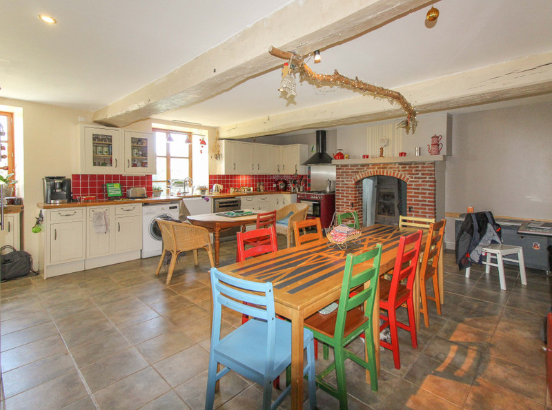 French property for sale in Lageon, Deux Sevres - €233,260 - photo 3