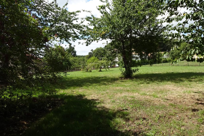 French property for sale in La Trimouille, Vienne - €267,500 - photo 5
