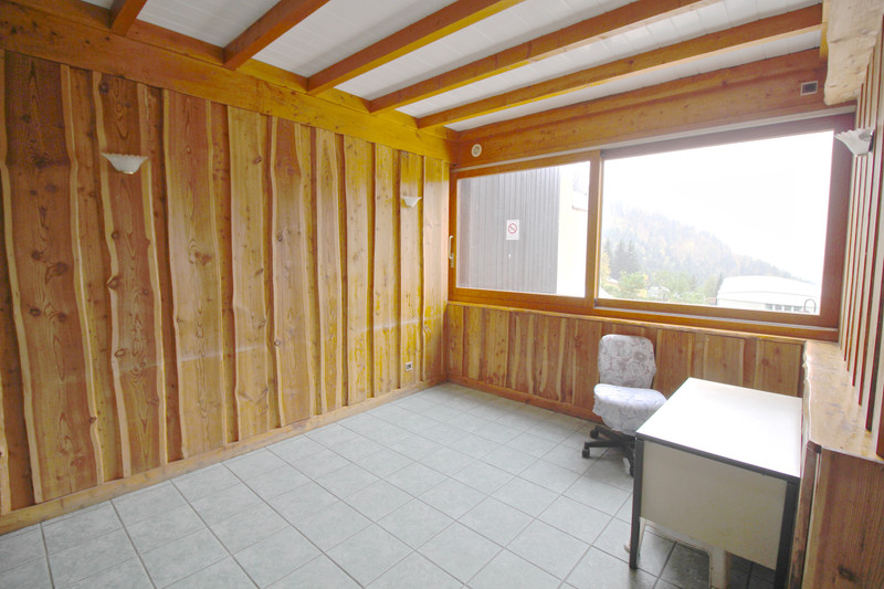 French property for sale in Allemond, Isère - €220,000 - photo 3