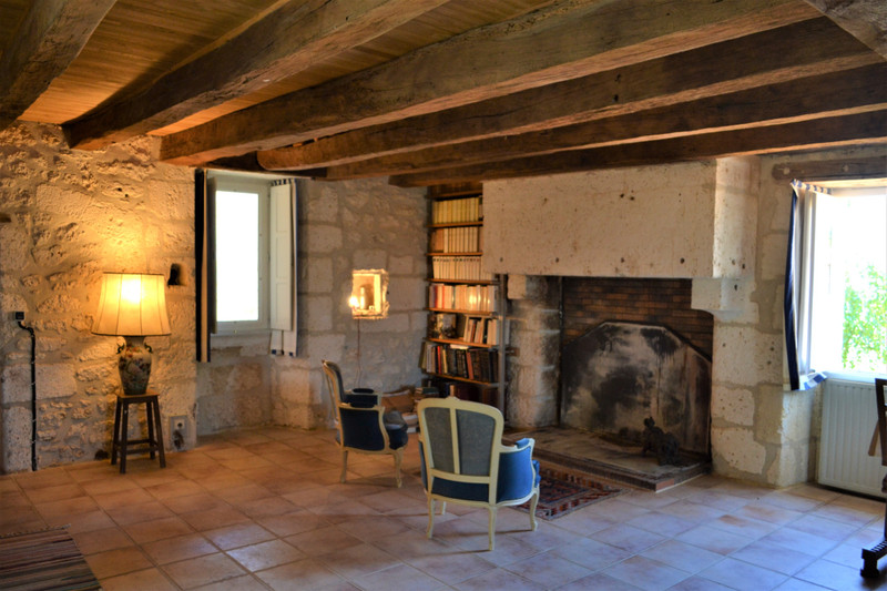 French property for sale in Angoulême, Charente - €336,000 - photo 5