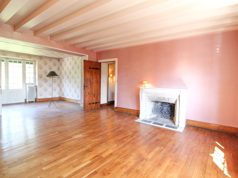 French property for sale in Bressuire, Deux-Sèvres - €339,200 - photo 4
