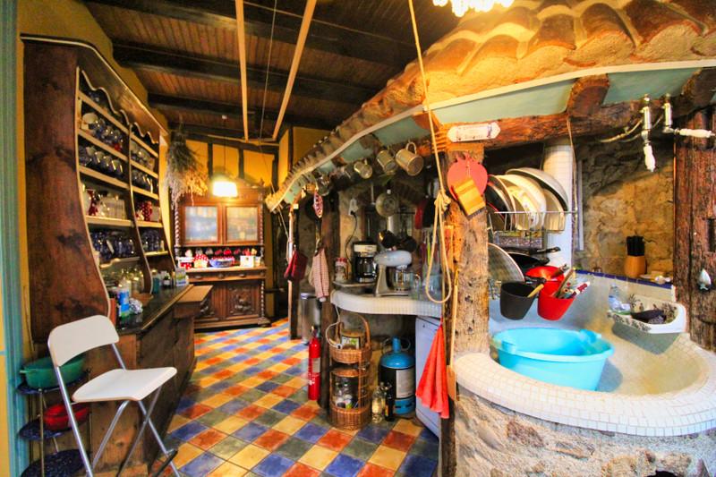 French property for sale in Saint-Bonnet-le-Chastel, Puy de Dome - €278,200 - photo 4