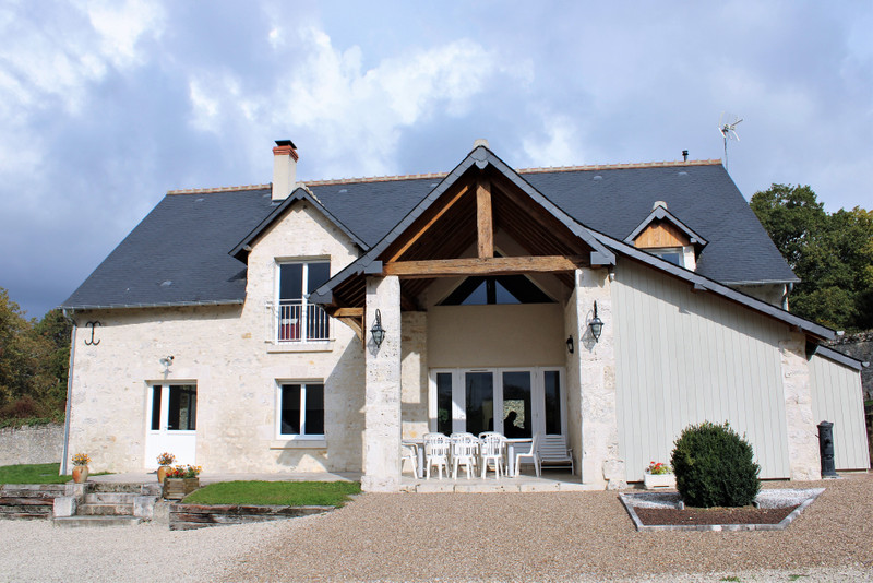 French property for sale in Landes-le-Gaulois, Loir et Cher - €657,200 - photo 2