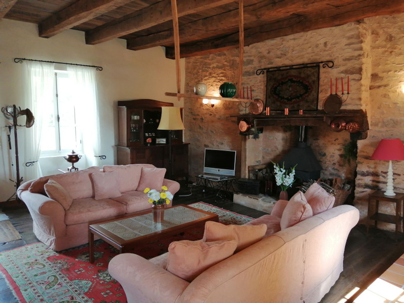 French property for sale in Mialet, Dordogne - €151,200 - photo 5