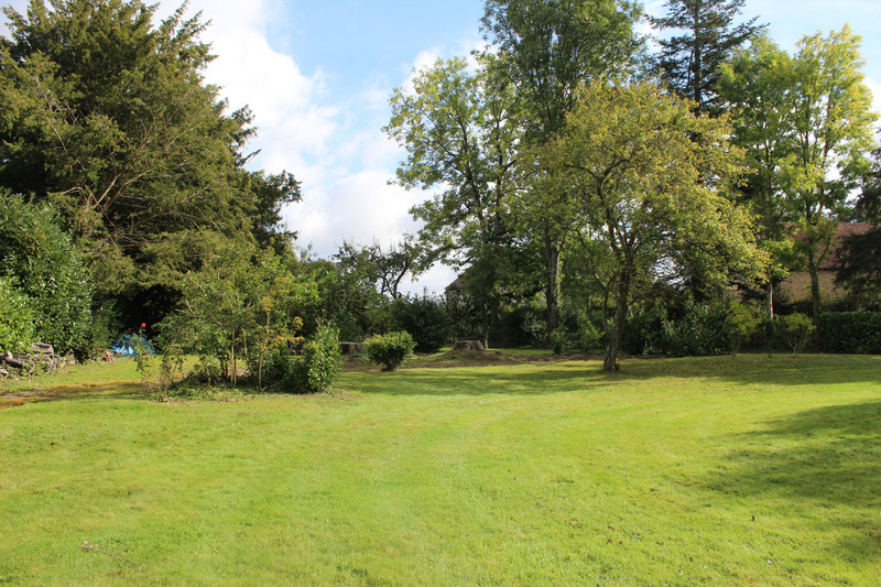 French property for sale in Crulai, Orne - €450,000 - photo 3