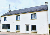 French property, houses and homes for sale in Camoël Morbihan Brittany