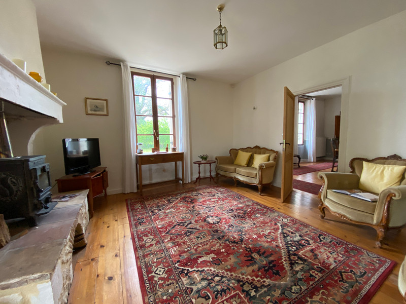 French property for sale in Villefranche-de-Lonchat, Dordogne - €551,200 - photo 4