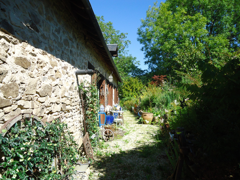 French property for sale in Meilhards, Corrèze - €116,630 - photo 2