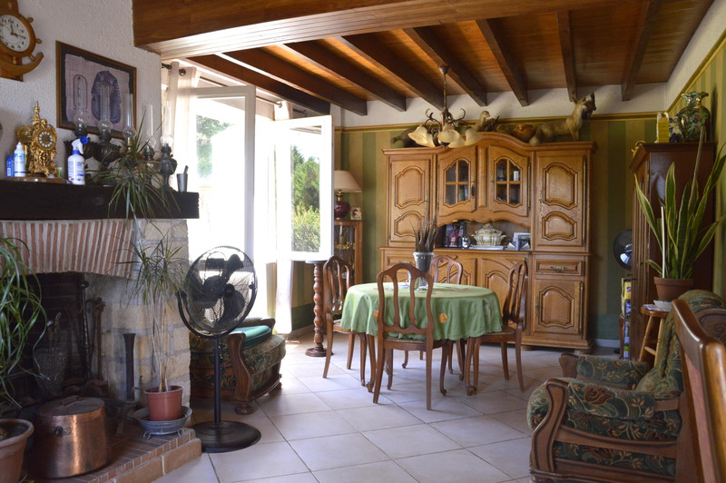 French property for sale in Pinel-Hauterive, Lot-et-Garonne - €267,500 - photo 9