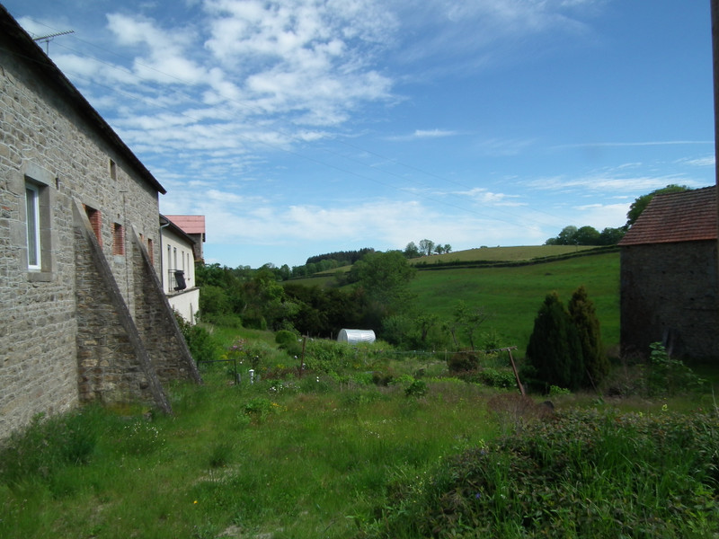 French property for sale in Auzances, Creuse - €119,900 - photo 4