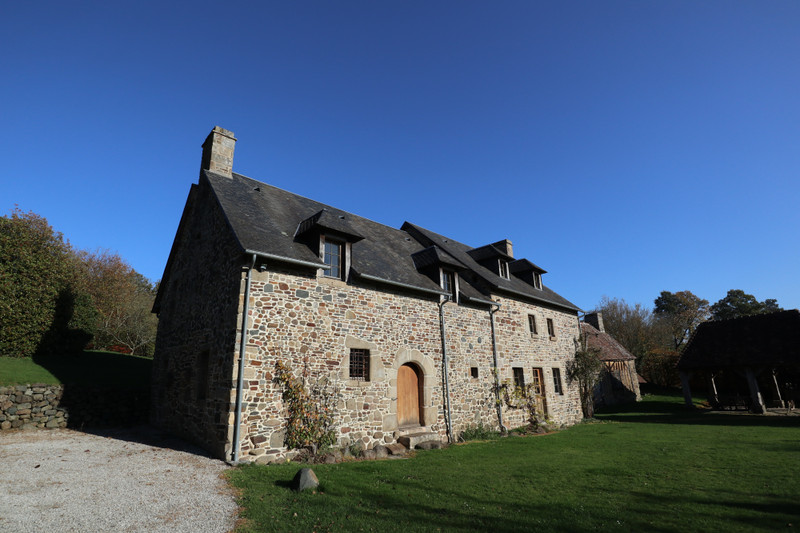French property for sale in Barenton, Manche - €530,000 - photo 2
