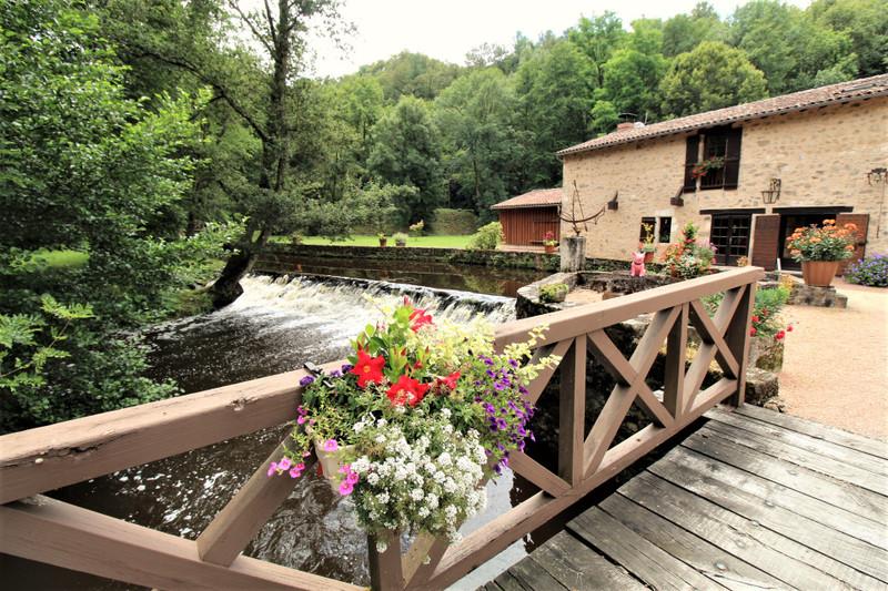 Moulin à vendre à Nontron, Dordogne - 530 000 € - photo 6
