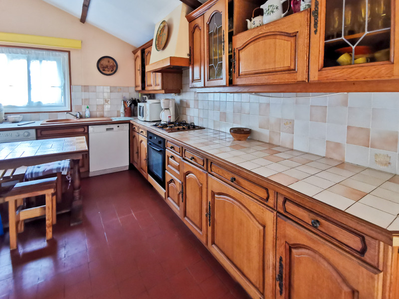 French property for sale in Bazolles, Nièvre - €152,173 - photo 6