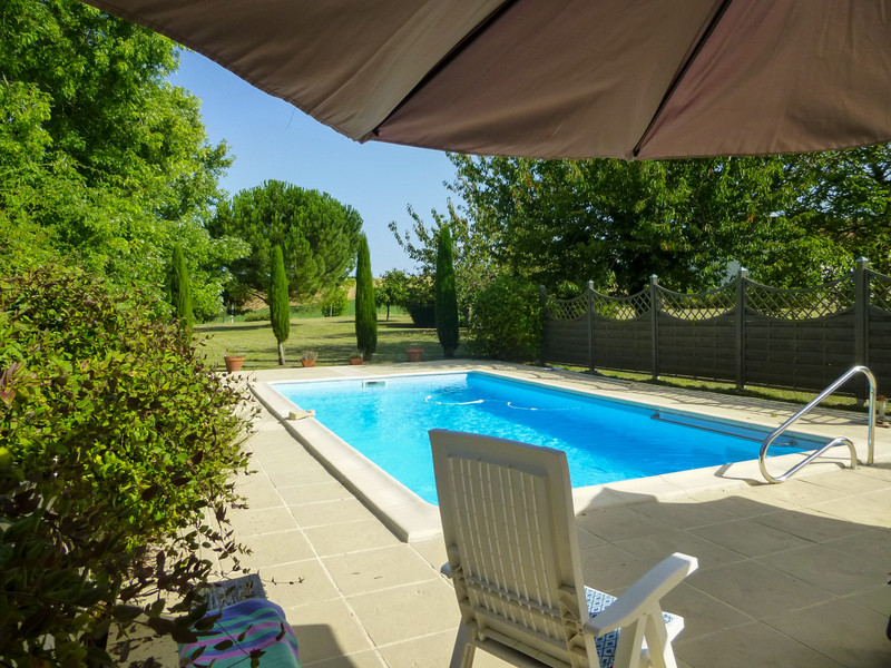 French property for sale in Cambes, Lot et Garonne - €455,800 - photo 2