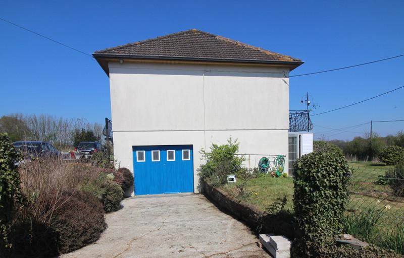 French property for sale in Le Ménil-de-Briouze, Orne - €139,500 - photo 9