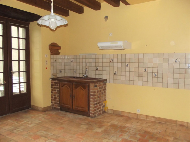 French property for sale in Angles-sur-l'Anglin, Vienne - €109,000 - photo 4