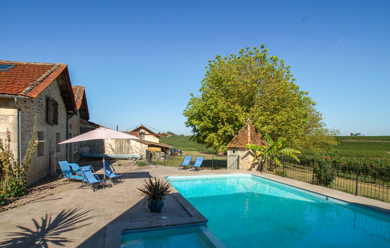 French property for sale in Cazaugitat, Gironde - €1,294,650 - photo 8