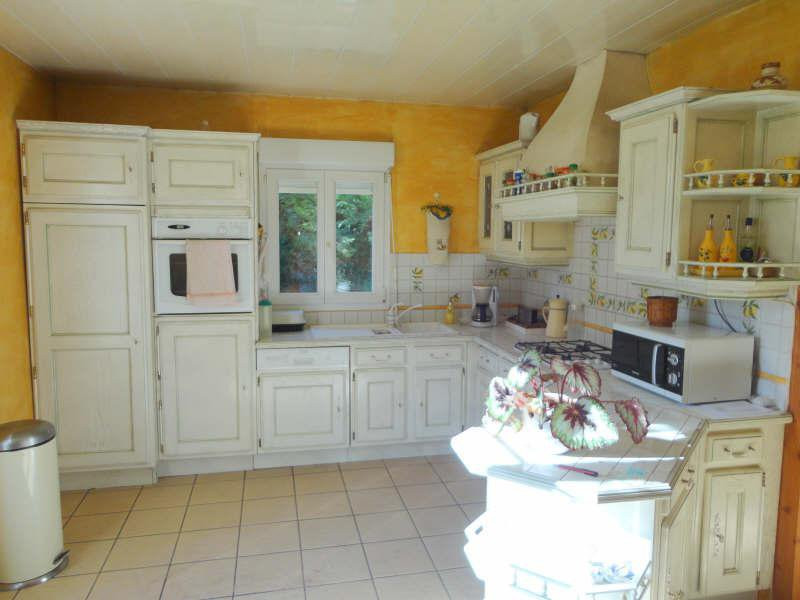 French property for sale in Allonnes, Sarthe - €176,000 - photo 2