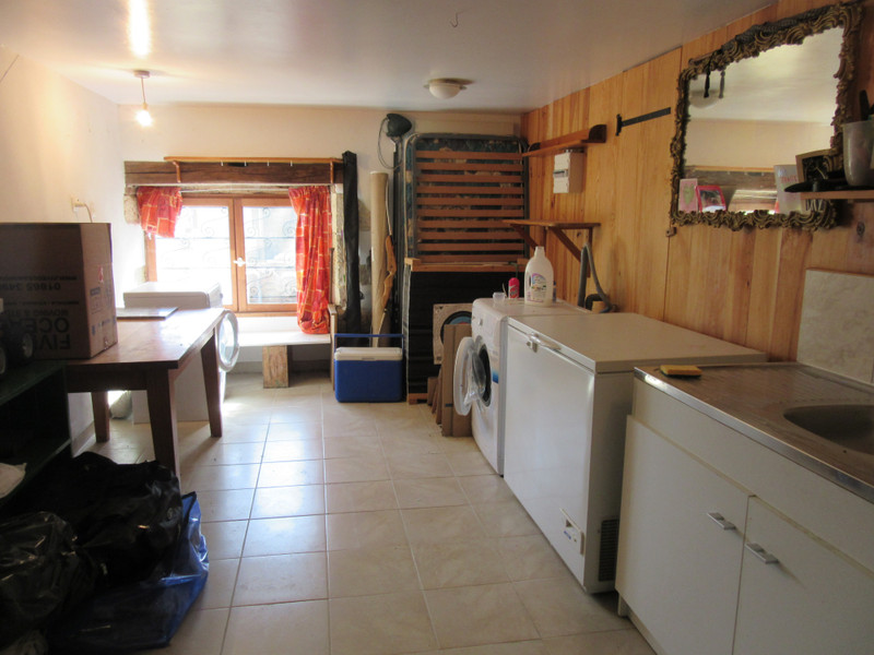 French property for sale in Civray, Vienne - €119,000 - photo 7