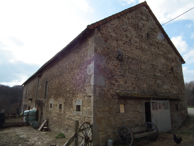 French property for sale in Crocq, Creuse - €99,000 - photo 4