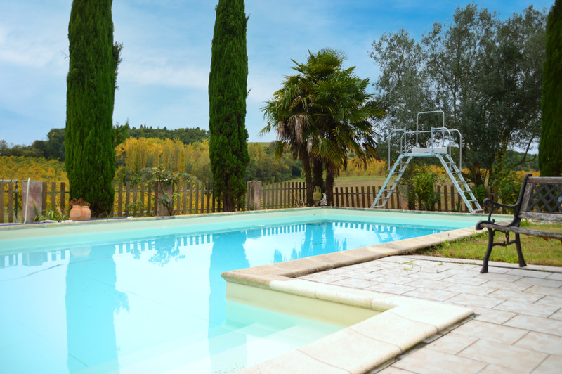 French property for sale in Coulx, Lot et Garonne - €413,400 - photo 2