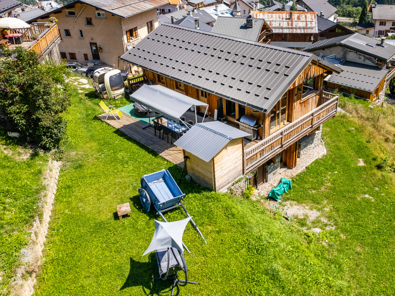French property for sale in Les Allues, Savoie - €915,000 - photo 7