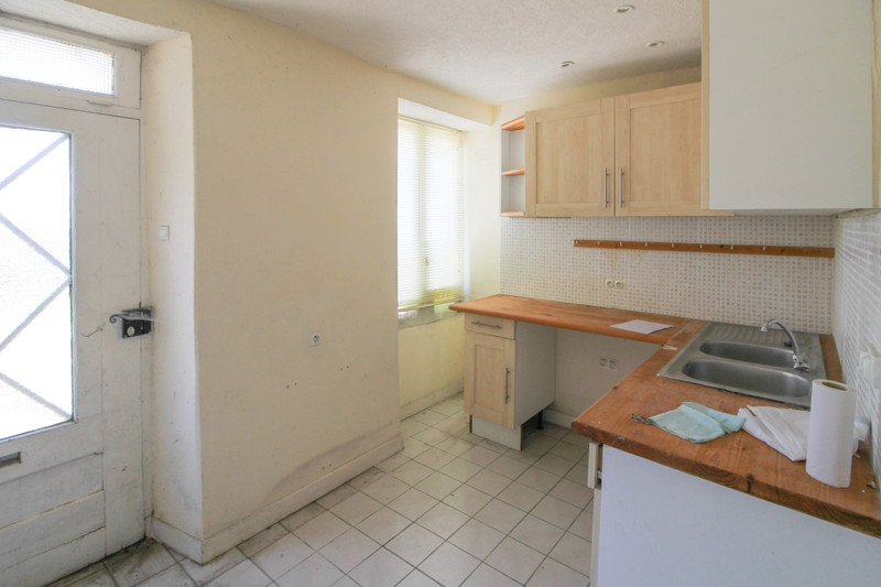 French property for sale in Saint-Pompain, Deux Sevres - €109,000 - photo 5