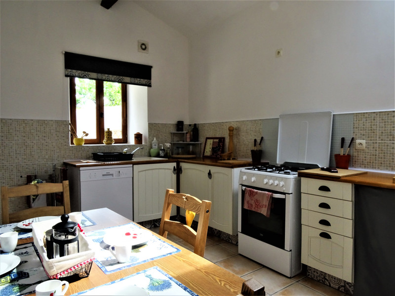 French property for sale in Exireuil, Deux-Sèvres - €125,350 - photo 5
