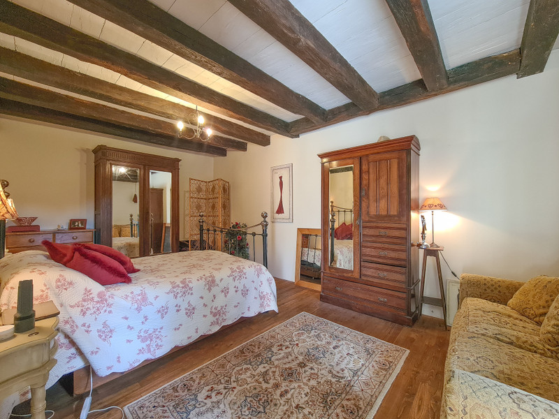 French property for sale in Alloue, Charente - €183,600 - photo 5