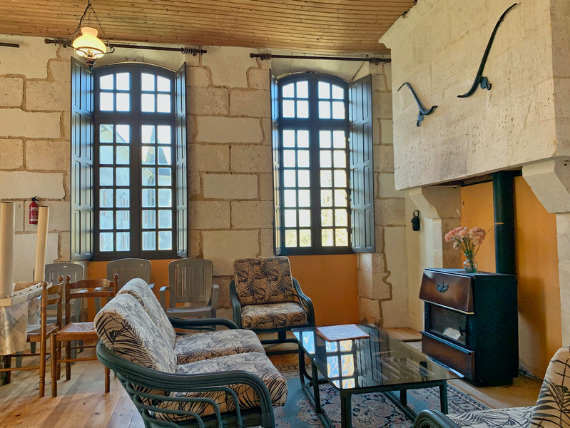 French property for sale in Bardenac, Charente - €1,059,000 - photo 4