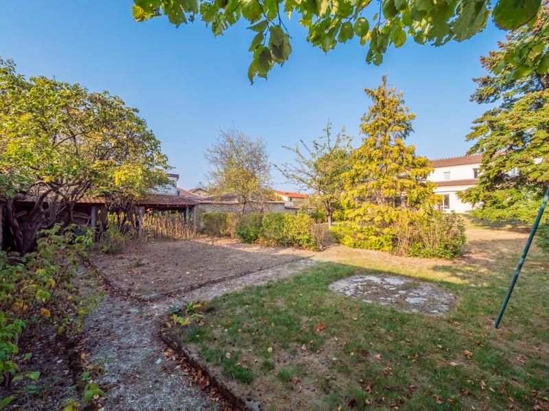 French property for sale in Saint-Maur-des-Fossés, Val de Marne - €1,395,000 - photo 4