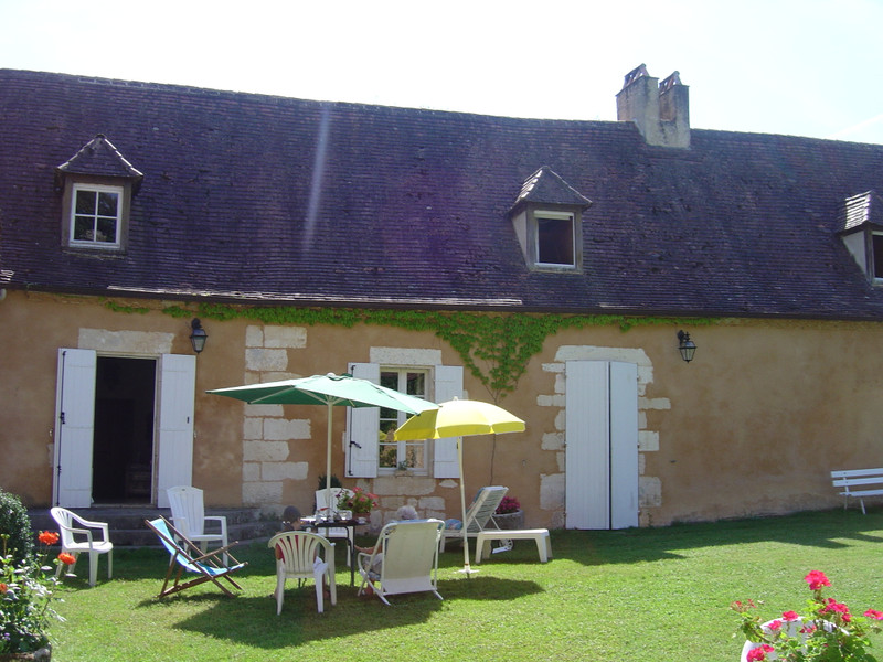 French property for sale in Douville, Dordogne - €527,500 - photo 4