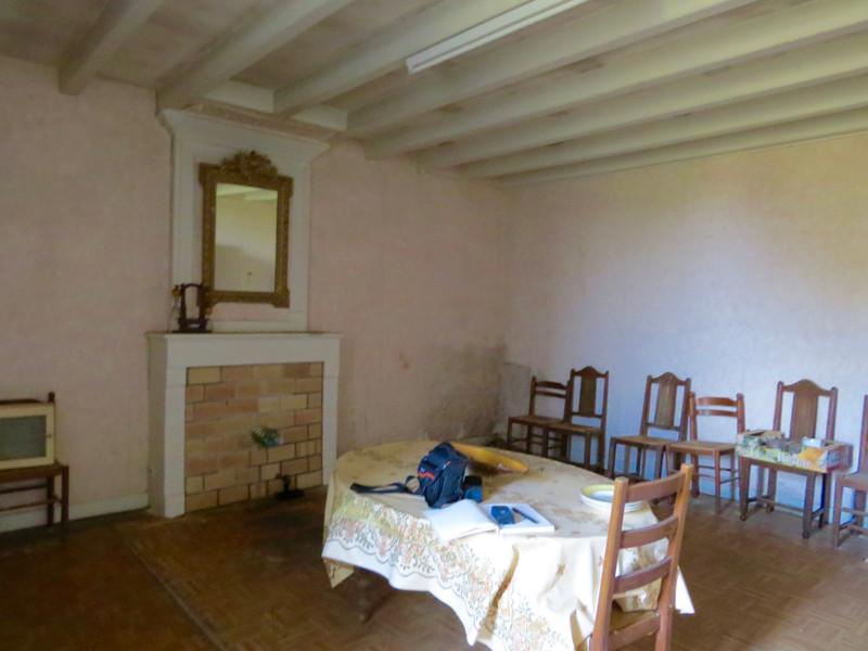Maison à vendre à Saint-Savinien, Charente-Maritime - 103 550 € - photo 2