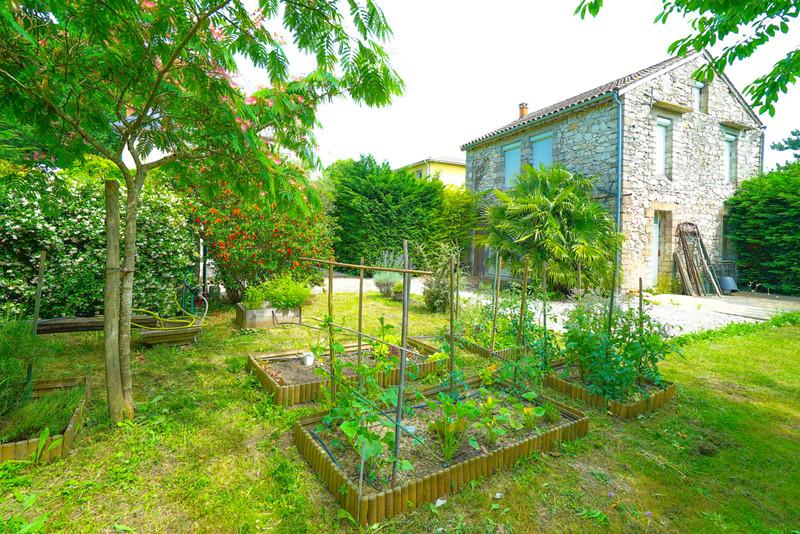 French property for sale in Agen, Lot-et-Garonne - €525,000 - photo 5