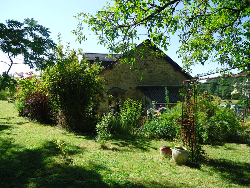 French property for sale in Meilhards, Corrèze - €116,630 - photo 5