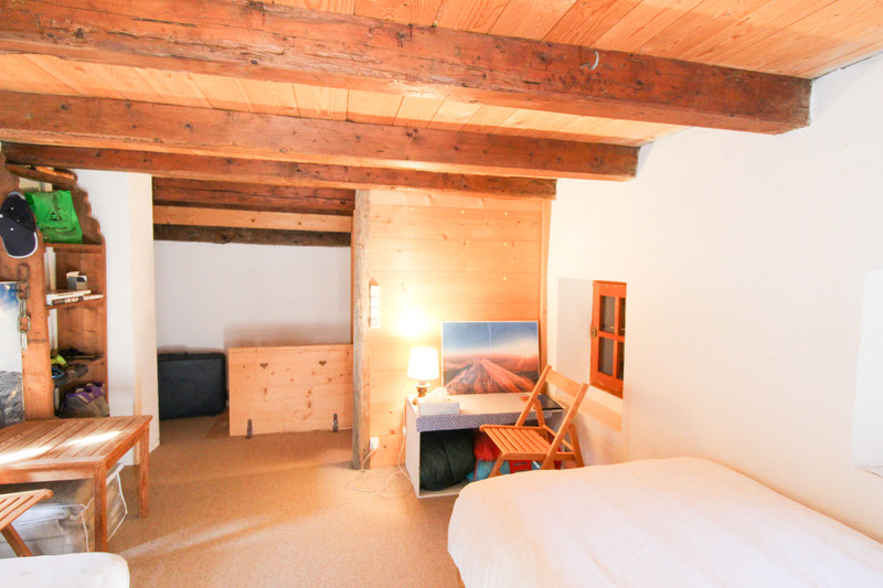 French property for sale in Courchevel, Savoie - €292,500 - photo 8