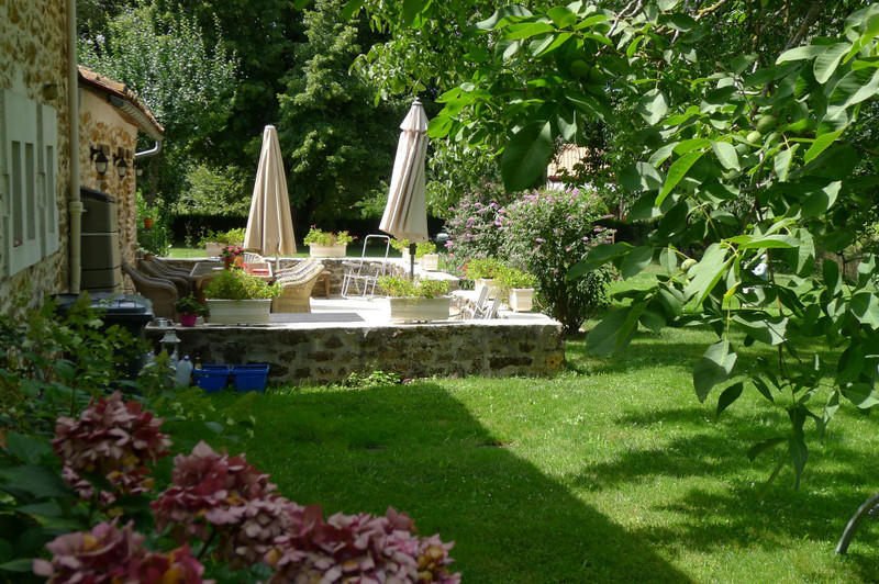 French property for sale in Saint-Sornin, Charente - €315,650 - photo 10