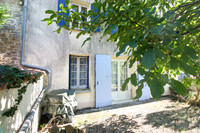 French property, houses and homes for sale in Saint-Pierre-de-l'Isle Charente-Maritime Poitou_Charentes
