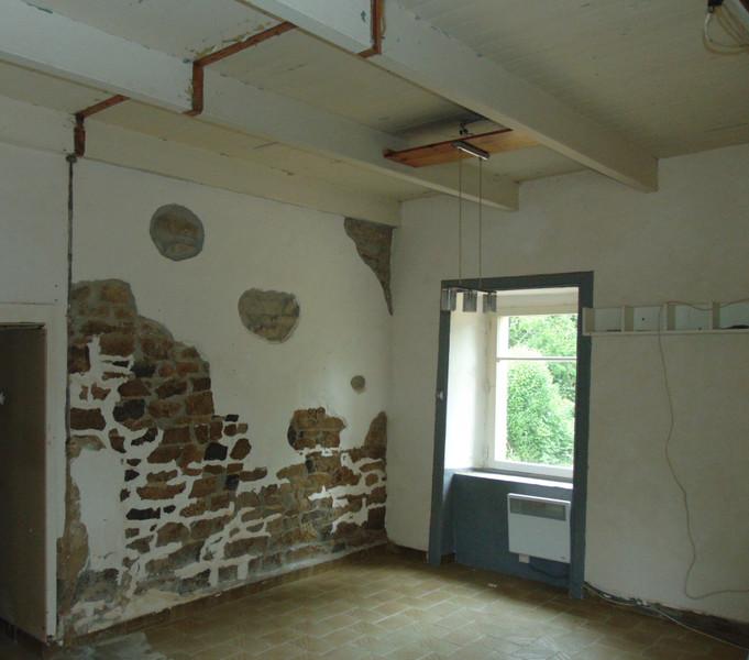 French property for sale in Saint-Gilles-Pligeaux, Côtes-d'Armor - €68,600 - photo 6