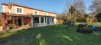 French property, houses and homes for sale inCastelnau-de-MédocGironde Aquitaine