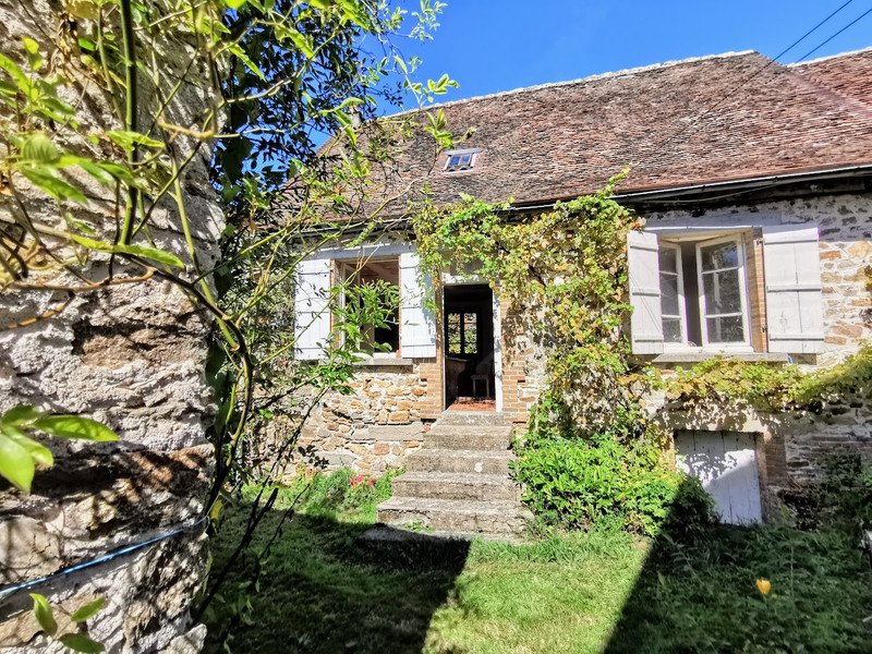 French property for sale in Coussac-Bonneval, Haute-Vienne - €92,000 - photo 2