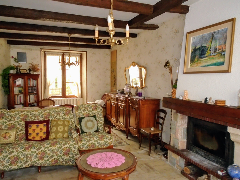 French property for sale in Availles-Limouzine, Vienne - €110,000 - photo 5