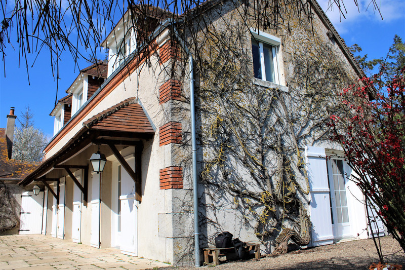 French property for sale in Blois, Loir-et-Cher - €318,000 - photo 5