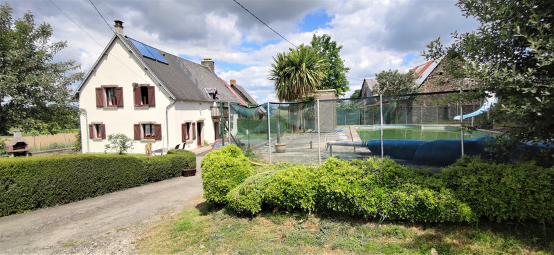 French property for sale in Barenton, Manche - €147,150 - photo 9