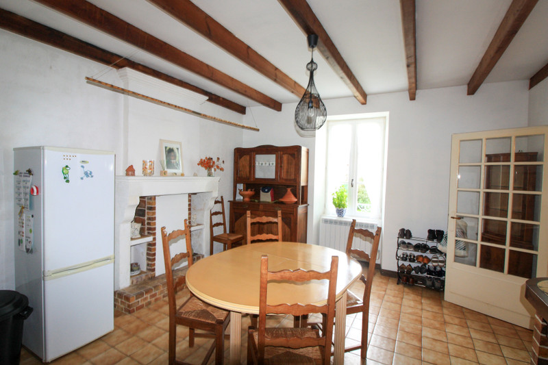 French property for sale in Bernay-Saint-Martin, Charente-Maritime - €141,700 - photo 4