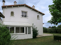 French property, houses and homes for sale inBrioux-sur-BoutonneDeux_Sevres Poitou_Charentes